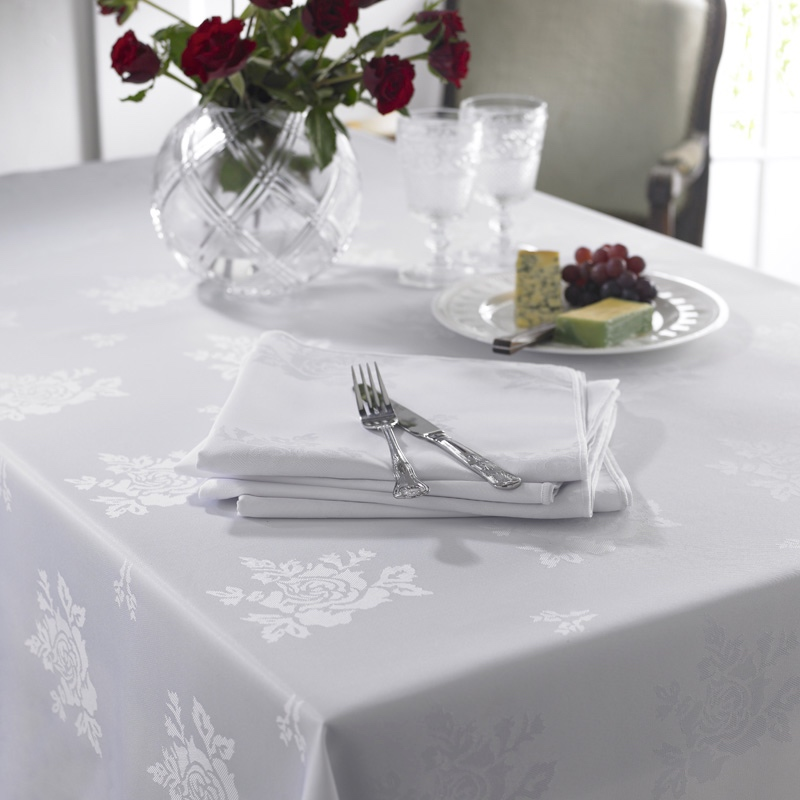 Cezanne Table Cloth White 137x229 5pk Barco
